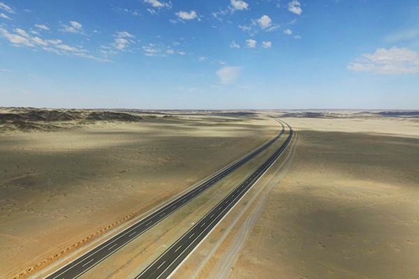 china-desert-road-01