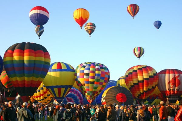 albuquerque-international-balloon-fiesta_gary-l-brewer_shutterstock-com