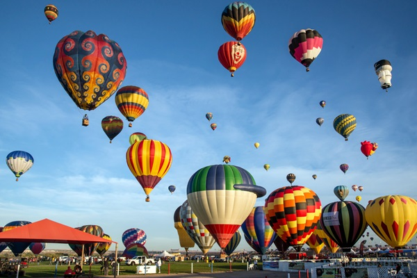 albuquerque-international-balloon-fiesta_floridastock_shutterstock-com