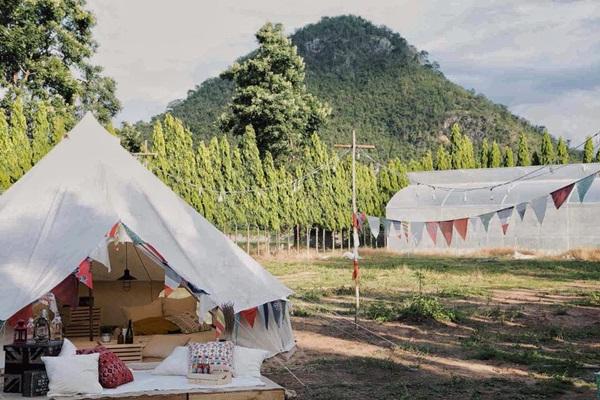 mountain-camp-03