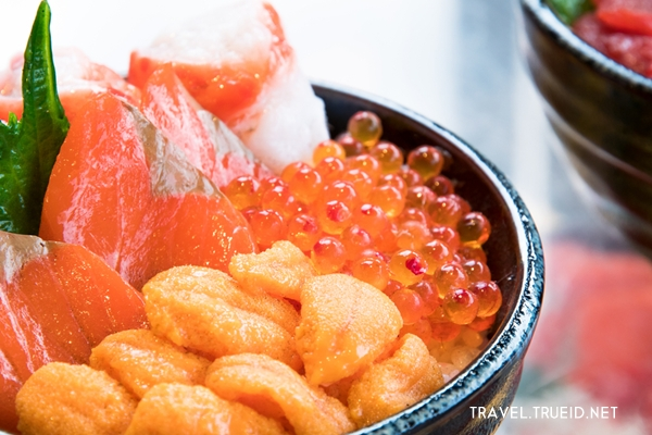 seafood bowl Hokkaido