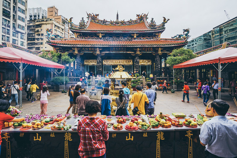 Lungshan-Temple-Taipei