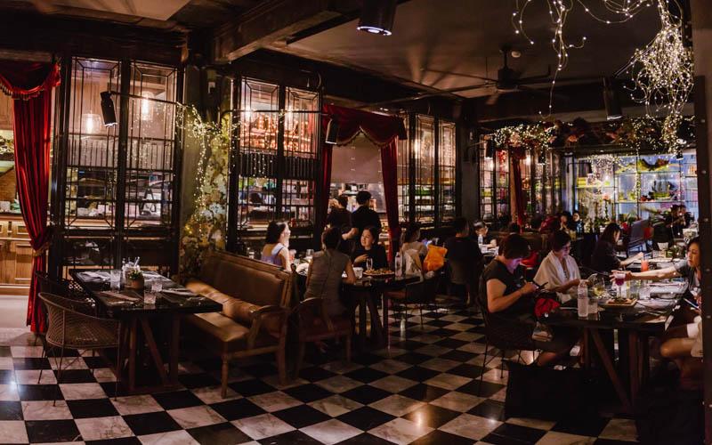 9 ร้านอาหาร ย่านราชประสงค์ ที่เห็นวิวไฟล้านดวง เทศกาลปีใหม่ สุดโรแมนติก