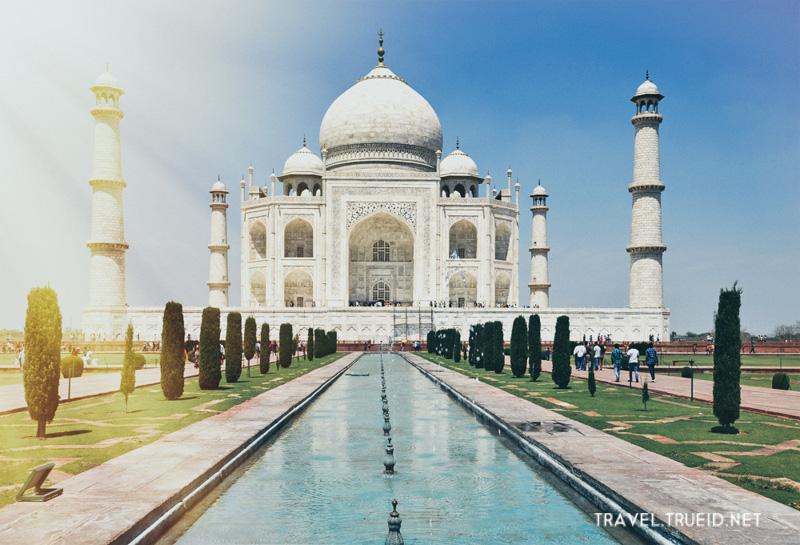 50 Taj Mahal, Agra