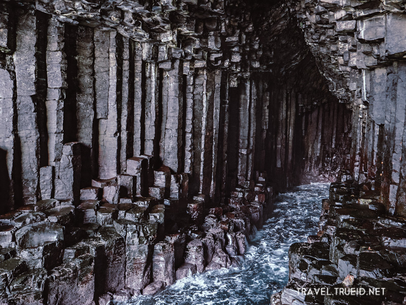 17 Fingal's Cave