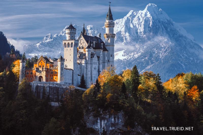 15 Neuschwanstein Castle