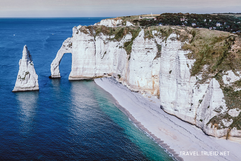 26 Sea Cliffs, Etretat