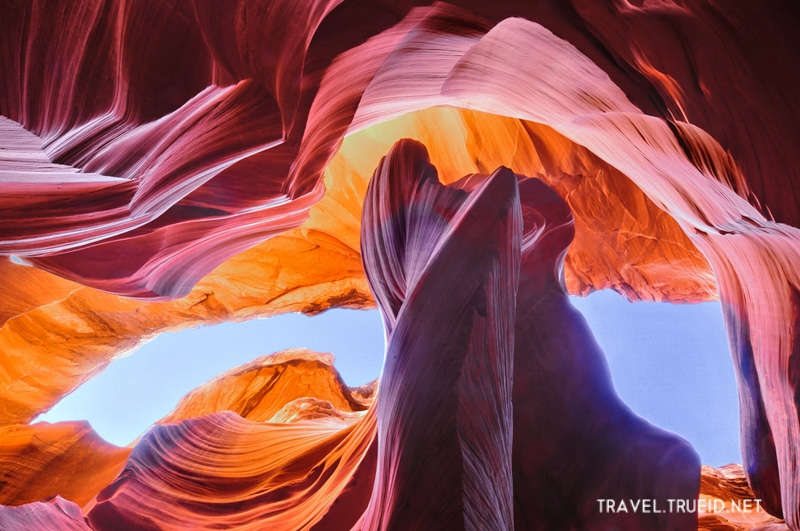 48 Antelope Canyon