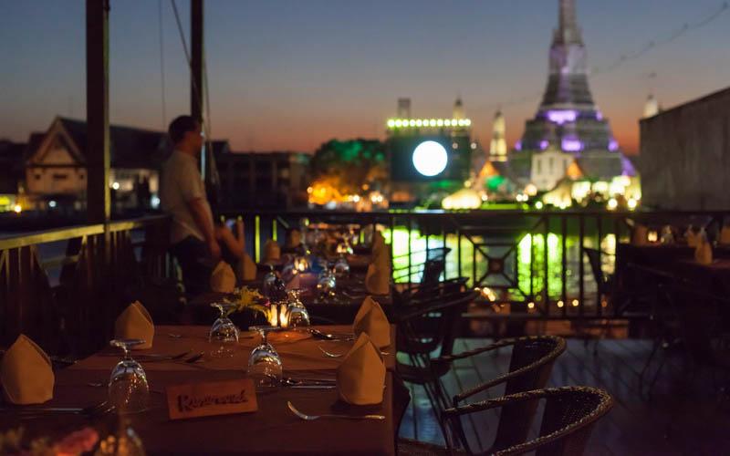 10 ร้านอาหาร ริมแม่น้ำเจ้าพระยา สุดโรแมนติก ต้องจูงมือแฟนไปนั่งชิลล์