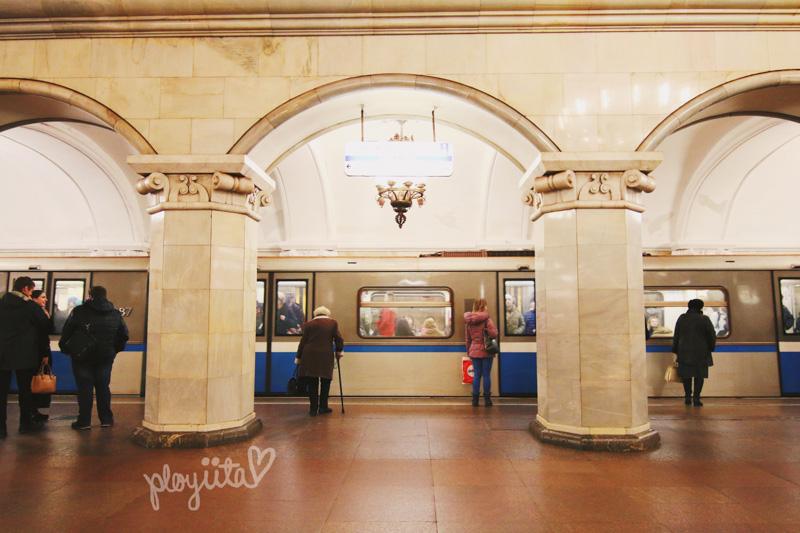 Metro Station Komosomolskaya