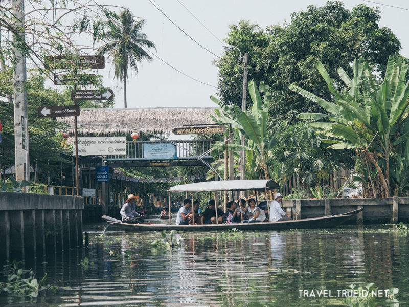 Khlong Lat Mayom Floating Market (8)