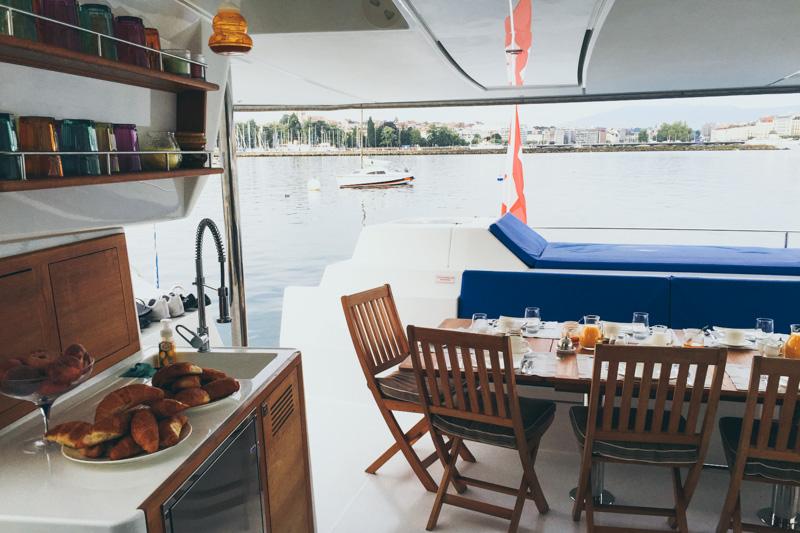 Floatinn Boat