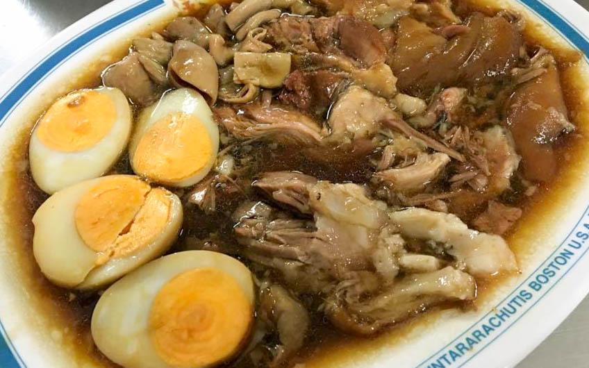 Stewed pork leg on rice