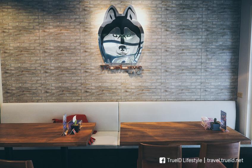 TrueLove Cafe คาเฟ่หมา ไซบีเรียน ฮัสกี้ ซอยอารีย์ ที่คนรักหมาห้ามพลาด !
