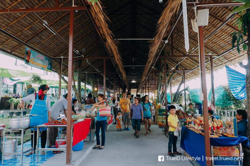 ตลาดน้ำสะพานสูง ตลาดน้ำในกรุงเทพ