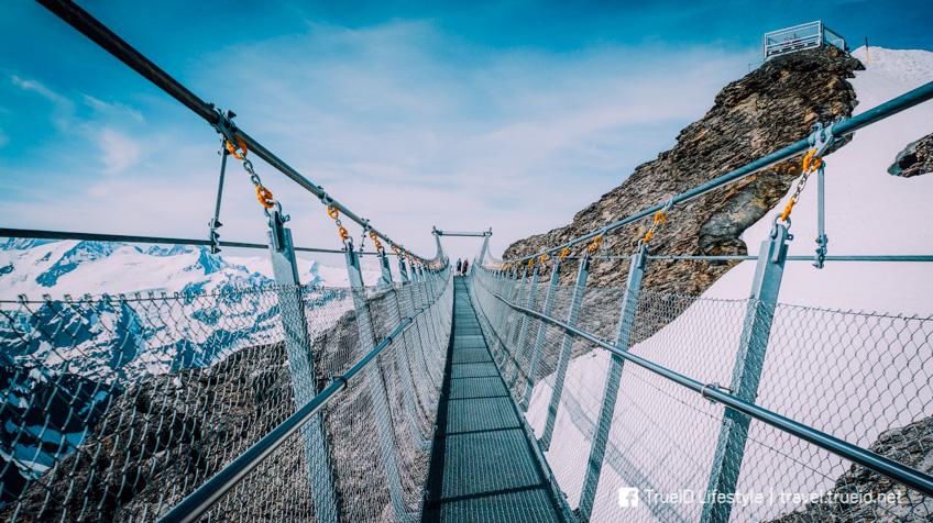 Titlis Cliff Walk จุดชมวิว หวาดเสียว