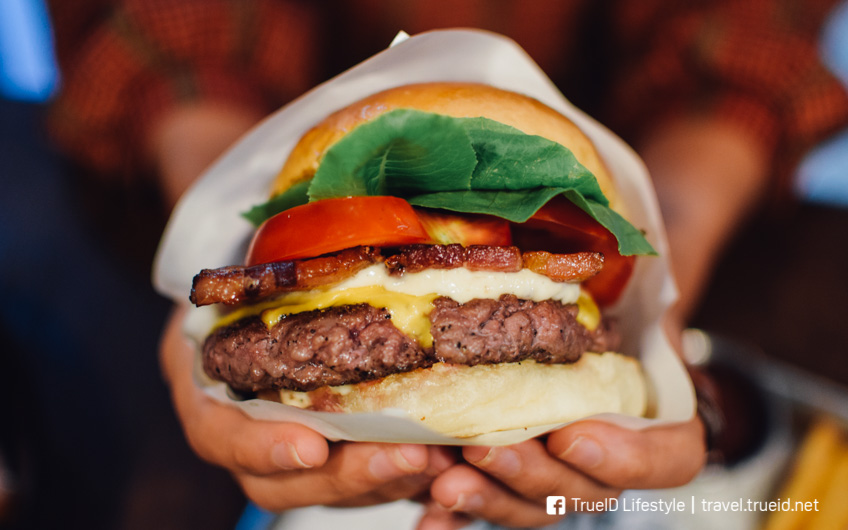Cast Iron Burgers ร้านอร่อย อารีย์