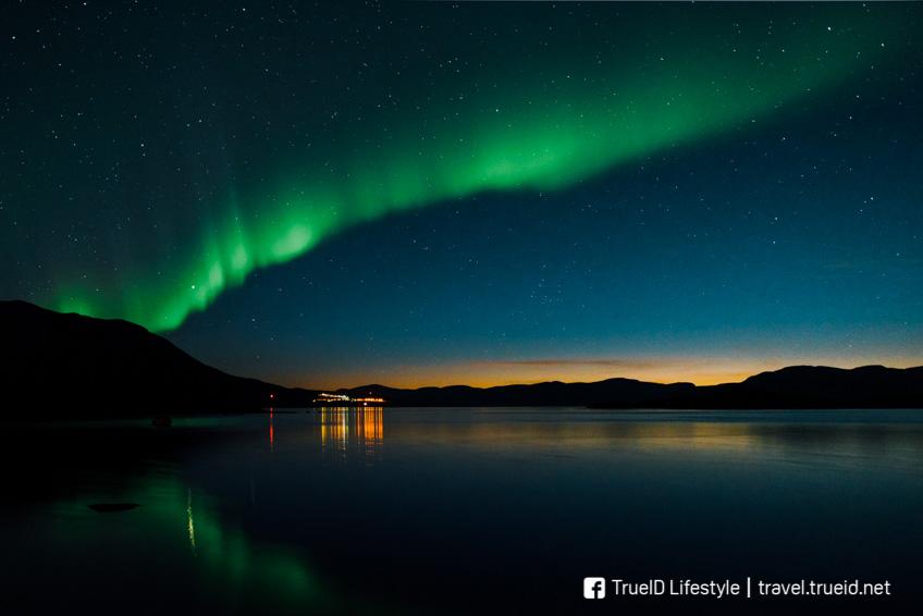 แสงเหนือ Tornetrask Lake Aurora