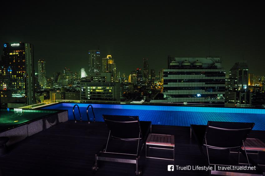 AkaAza Bar Rooftop กรุงเทพ