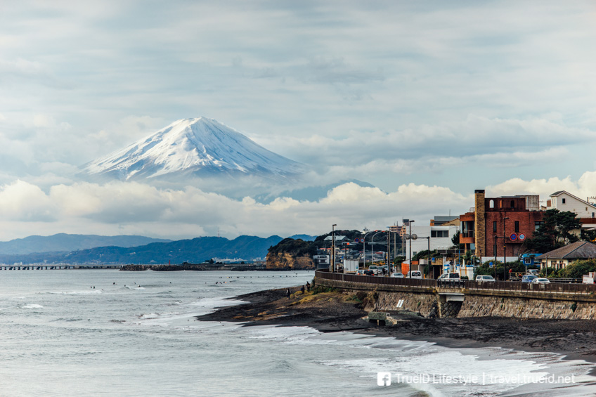 จุดถ่ายรูปสวย ฟูจิ Yuigahama Beach