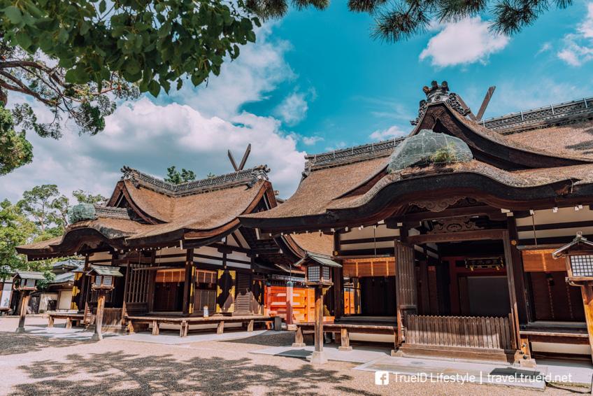 ศาลเจ้าสุมิโยชิ สถานีรถไฟในโอซาก้า