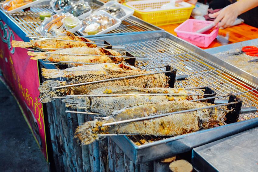 ตลาดน้ำคลองลัดมะยม ที่เที่ยววาเลนไทน์
