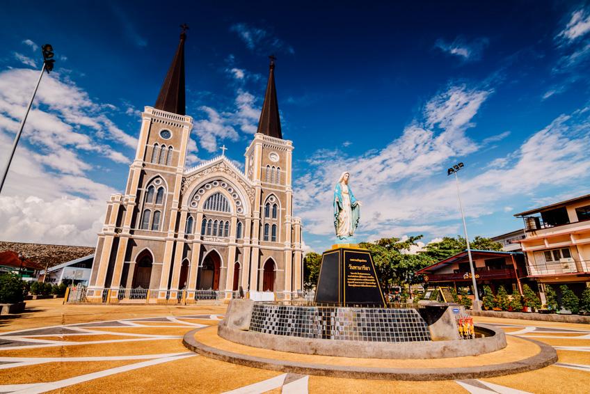 โบสถ์วัดแม่พระปฏิสนธินิรมล ที่เที่ยวจันทบุรี