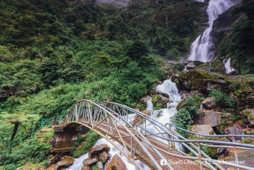 Silver Waterfall ซาปา