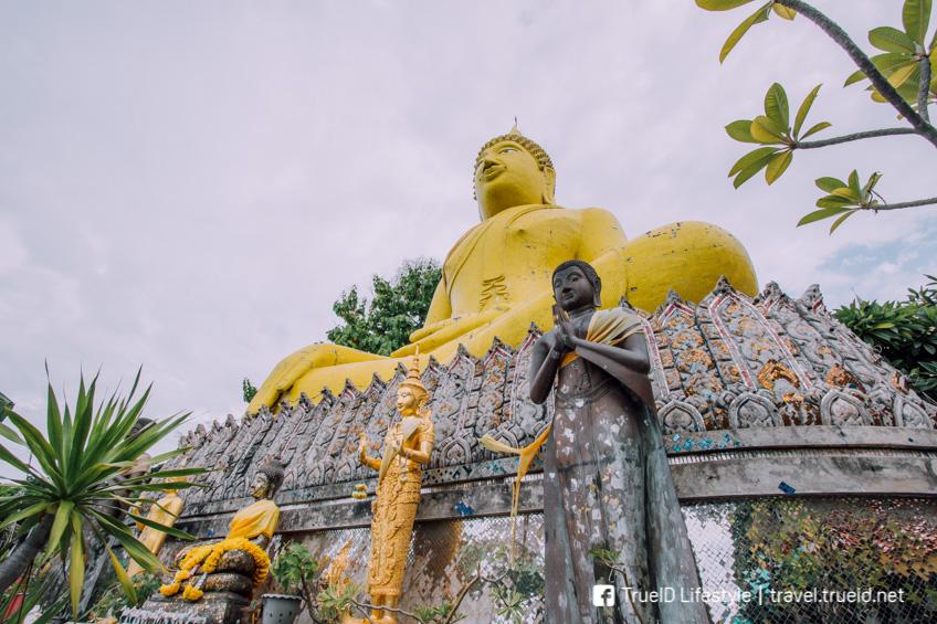 พระเหลือง เกาะสีชัง เที่ยวชลบุรี