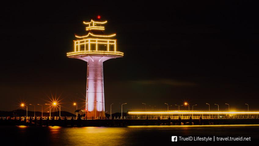 ประภาคารเกาะสีชัง ทะเล เที่ยวใกล้กรุงเทพ
