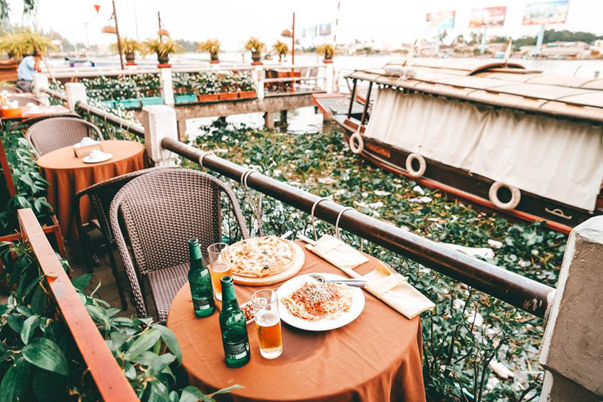 ร้านอาหารเวียดนาม  So Hom Restaurant