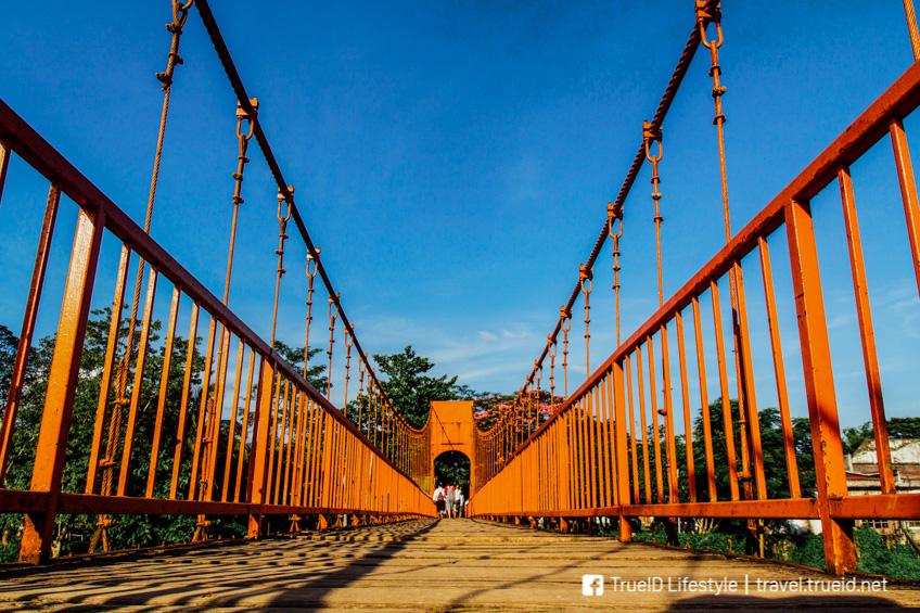 ที่เที่ยววังเวียง เที่ยวลาว สะพานส้ม