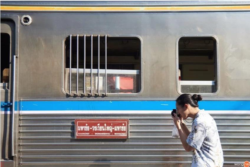 สถานีรถไฟมหาชัย เที่ยวใกล้กรุงเทพ