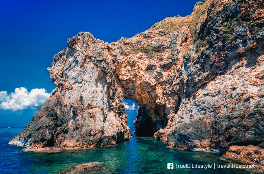 เกาะทะลุ  ที่เที่ยวเกาะเสม็ด