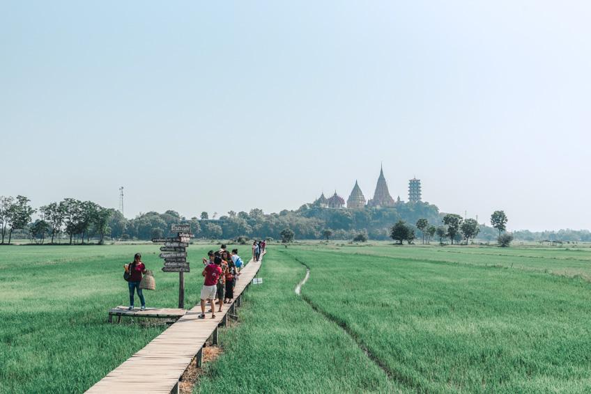 มีนา คาเฟ่ กาญจนบุรี ที่เที่ยวถ่ายรูปสวย