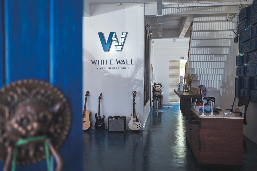 White Wall Poshtel ภูเก็ต