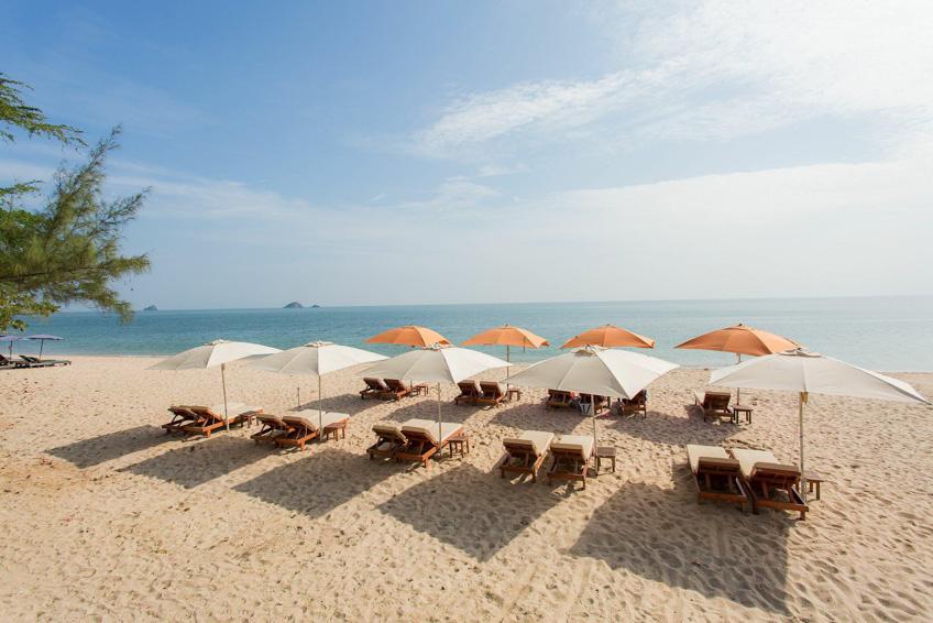 Sanae Beach Club หัวหิน