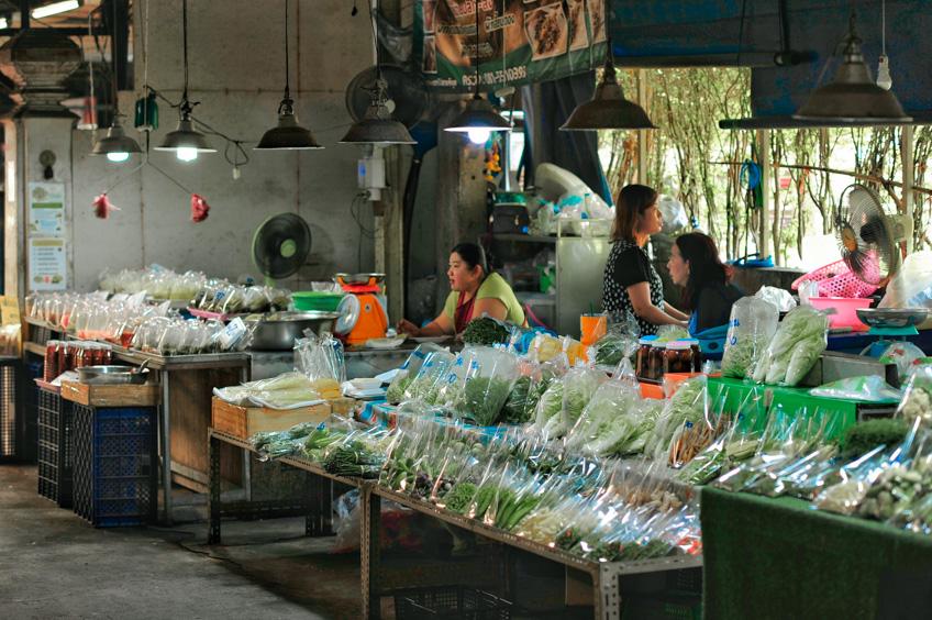 ตลาดน้ำนครปฐม ตลาดน้ำวัดกลางคูเวียง