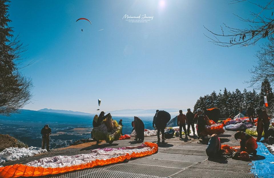 รอบการกระโดด Paragliding ภูเขาฟูจิ ญี่ปุ่น