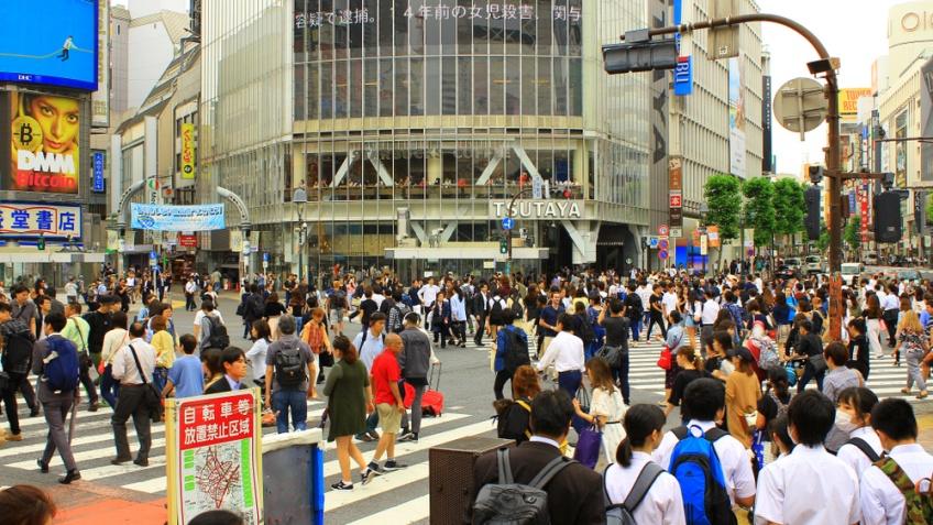 Starbucks สาขา Tsutaya Shibuya Crossing