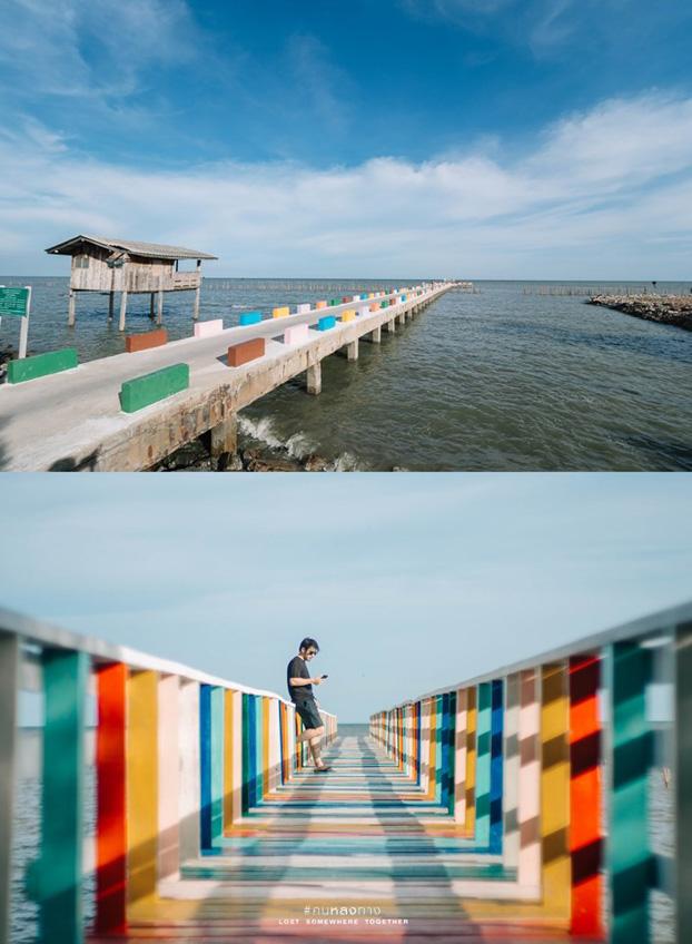 สะพานไม้สายรุ้ง ที่เที่ยวสมุทรสาคร
