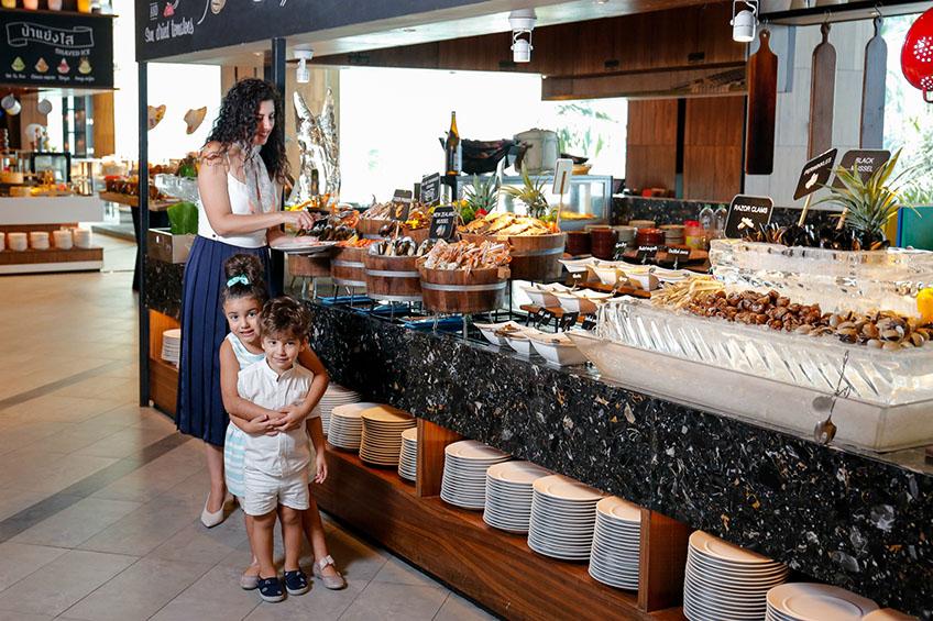 บุฟเฟ่ต์ซีฟู้ด ร้านอาหารทะเล วันแม่
