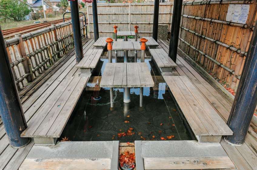Footbath Yufuin Station เที่ยวญี่ปุ่น ออนเซ็น