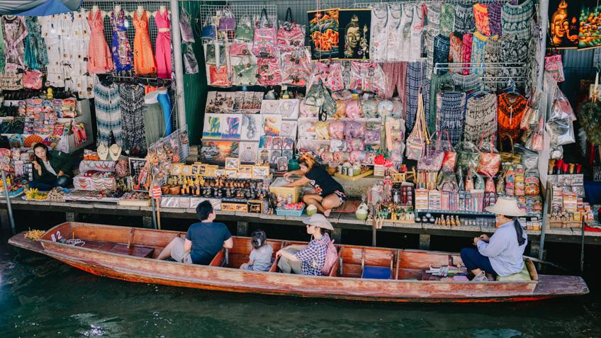 ตลาดน้ำใกล้กรุงเทพ ราชบุรี