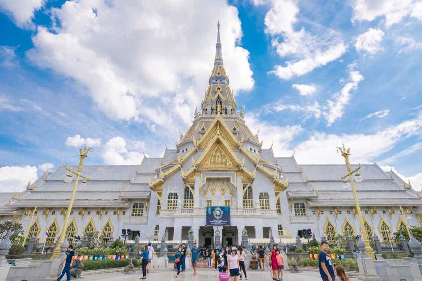 วัดสวยในไทย วัดโสธรวรารามวรวิหาร