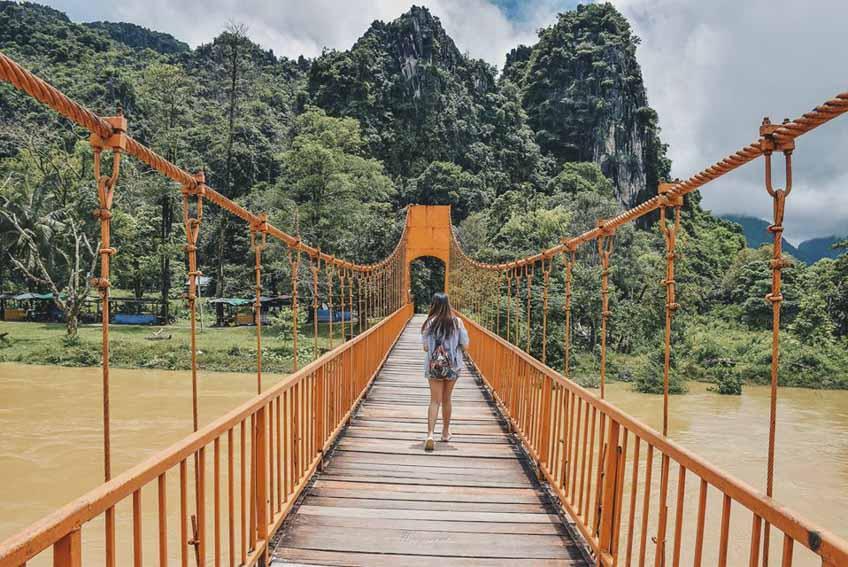 สะพานส้ม วังเวียง เที่ยวลาว