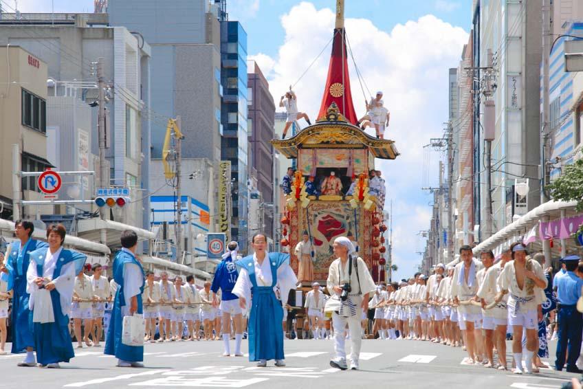 โรคระบาด  ญี่ปุ่น เทศกาลกิออน มัตสึริ