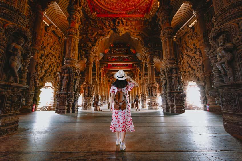 ที่เที่ยวชลบุรี ปราสาทสัจธรรม พัทยา