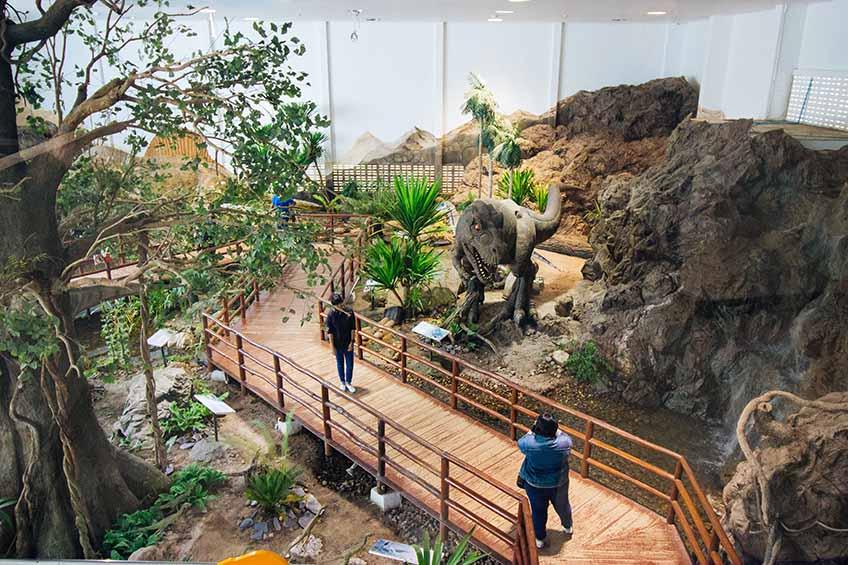 ศูนย์ศึกษาวิจัยและพิพิธภัณฑ์ไดโนเสาร์ อำเภอเวียงเก่า จังหวัดขอนแก่น