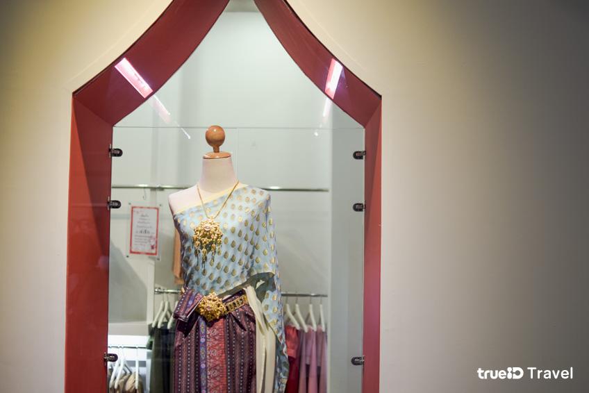 เช่าชุดไทย ที่เที่ยวราชบุรี ณ สัทธา